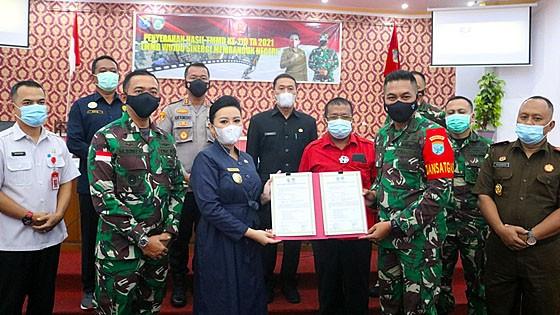 TMMD Ke-110 Kabupaten Landak Resmi Ditutup, Bupati Landak Imbau Bangunan Harus Dirawat